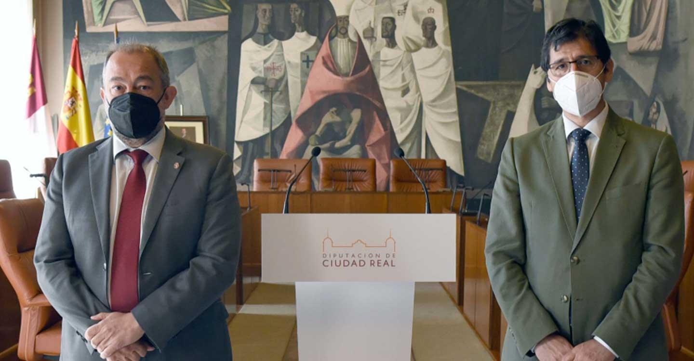 """La Diputación de Ciudad Real se adhiere al proyecto """"UCLM Rural"""" y colabora en la estrategia de digitalización de la provincia"""