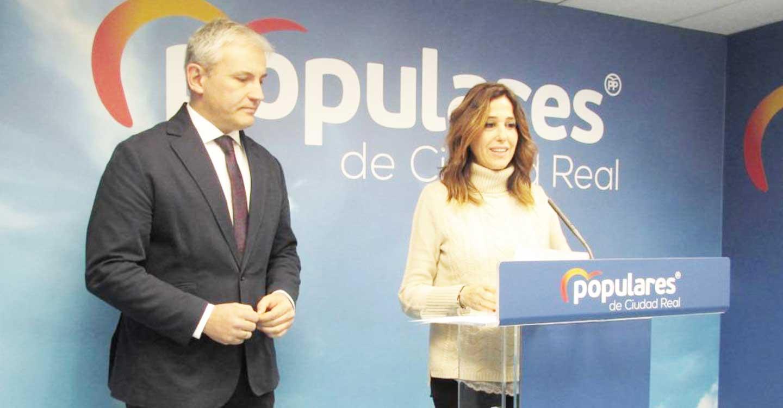 Los diputados del PP, Romero y Callejas, denuncian la falta de cobertura telefónica en las carreteras entre Almadén, Saceruela y Abenójar
