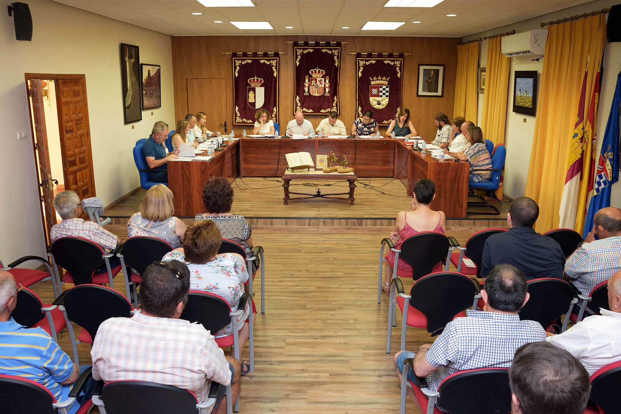 El alcalde de Argamasilla de Alba informó de la distribución de concejalías y sus titulares