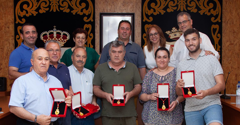 El Ayuntamiento de Porzuna rinde homenaje a los concejales de la anterior legislatura que ya no forman parte de la Corporación