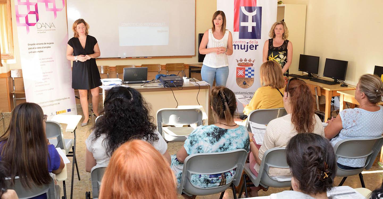 El Centro de la Mujer pone en marcha un curso de empoderamiento para el empleo