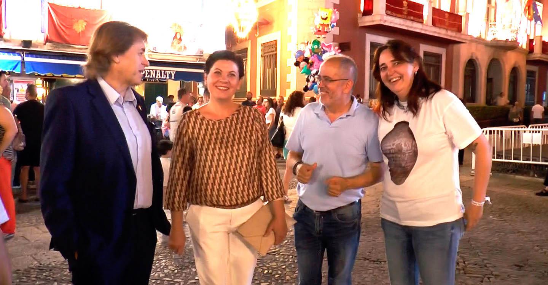 El delegado provincial de Economía, Empresas y Empleo y la diputada provincial María Fresneda visitaron las Fiestas del Vino