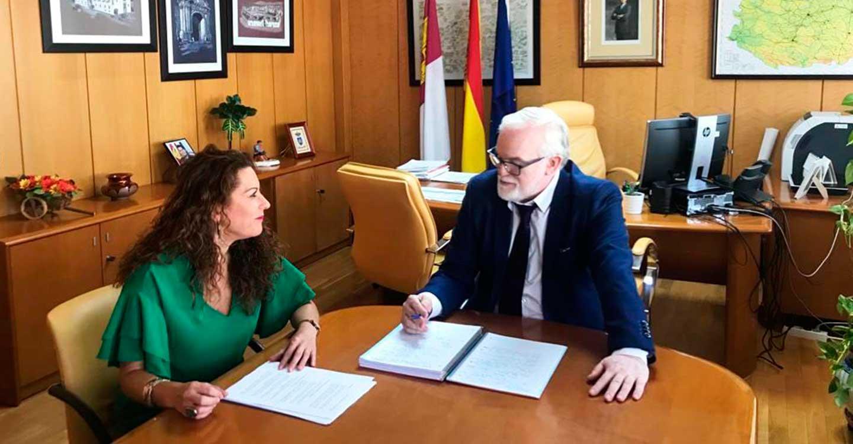 El grupo municipal socialista de Villanueva de la Fuente se interesa ante Fomento por las líneas que unen el municipio con Albacete