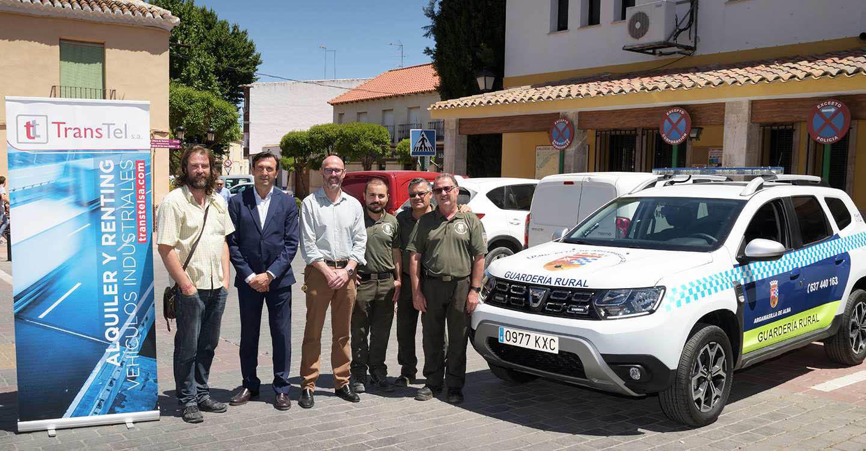 Entregado un nuevo vehículo para la Guardería Rural