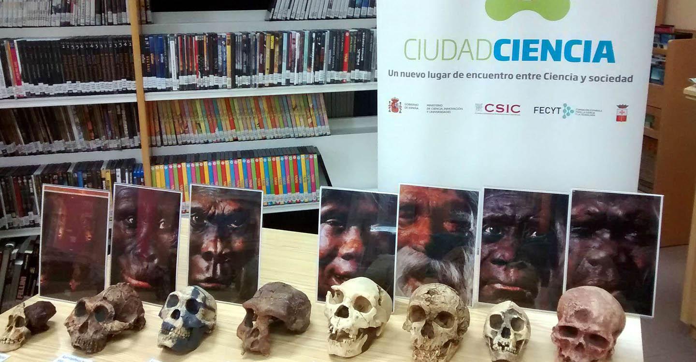 """Escolares de Villarrubia de los Ojos disfrutaron con el taller """"Conociendo a nuestros antepasados a través de sus herramientas"""""""