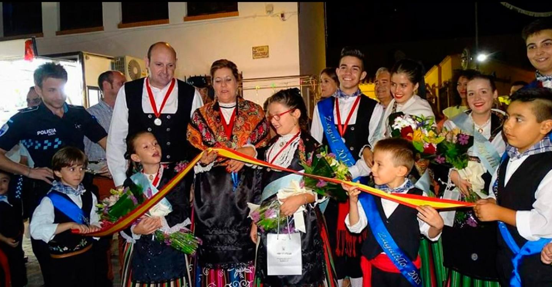 Unas 70 actividades componen el programa festivo en honor al Santísimo Cristo del Consuelo. Entre las novedades, se encuentran el recital poético, teatro infantil, encuentro de charangas y 'Taurolandia'