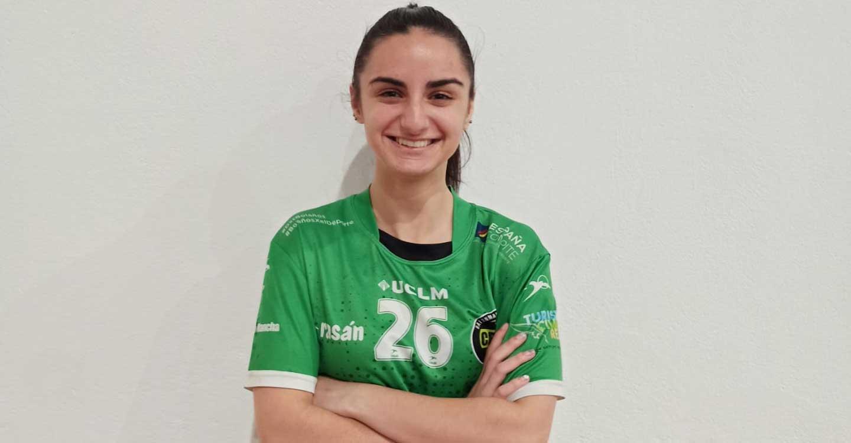 El filial del Club BM Bolaños presenta a Laura Fernández como apuesta de futuro