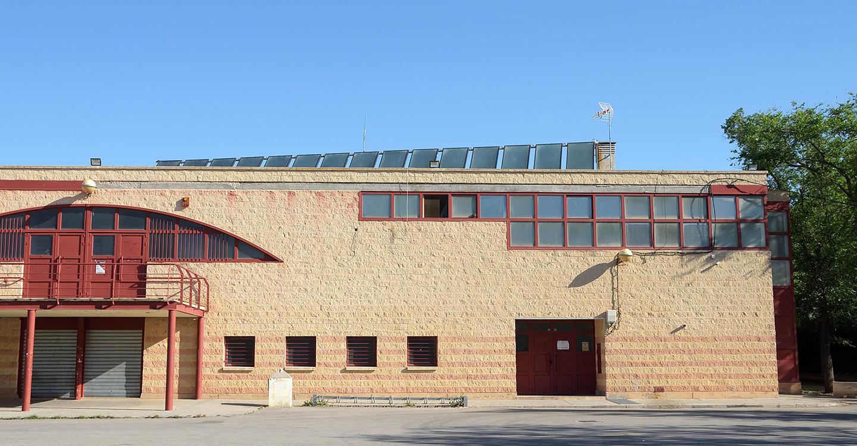 Finalizada la instalación y puesta a punto de los paneles solares en el pabellón