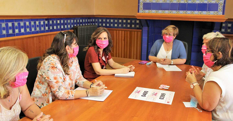 El Gobierno de Castilla-La Mancha reitera su apoyo a las actividades de AMUMA y a su Carrera Rosa, que esté año se celebrará de forma virtual