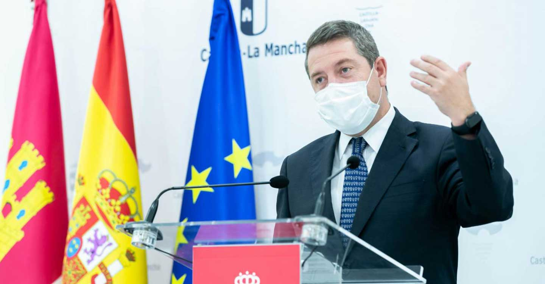 El Gobierno regional dotará con 304 ordenadores a los centros de educación de adultos de Castilla-La Mancha