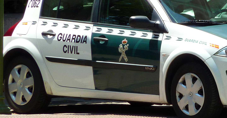 La Guardia Civil consigue sofocar un grave incendio en un restaurante.