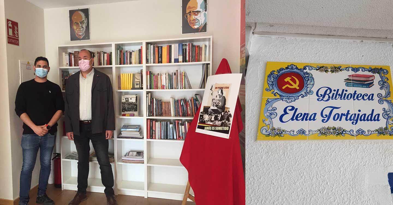 Inaugurada la Biblioteca Popular 'Elena Tortajada' de IU Valdepeñas
