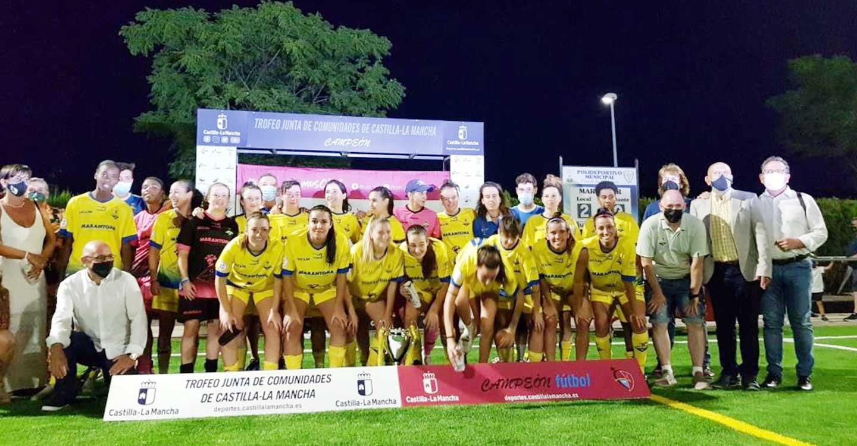 Inaugurado el campo de fúbol de césped artificial de Corral con la final del XVIII Trofeo de fútbol femenino