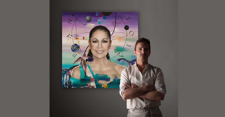 El artista ciudadrealeño Jesús Calzada pinta a Isabel Pantoja en su último proyecto