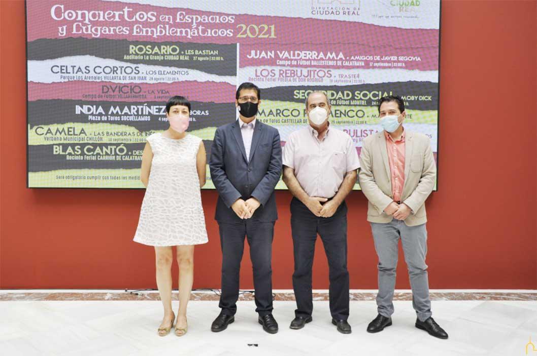 """Juan Valderrama en concierto, en Ballesteros de Calatrava, de la mano de los """"Conciertos en Espacios Emblemáticos"""" de la Diputación"""