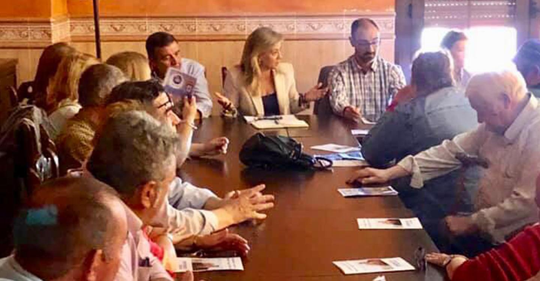 Lola Merino anuncia que Paco Núñez creará la Dirección General de Ganadería