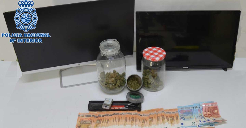 La Policía Nacional desmantela un punto de venta de marihuana asentado en el centro de Ciudad Real