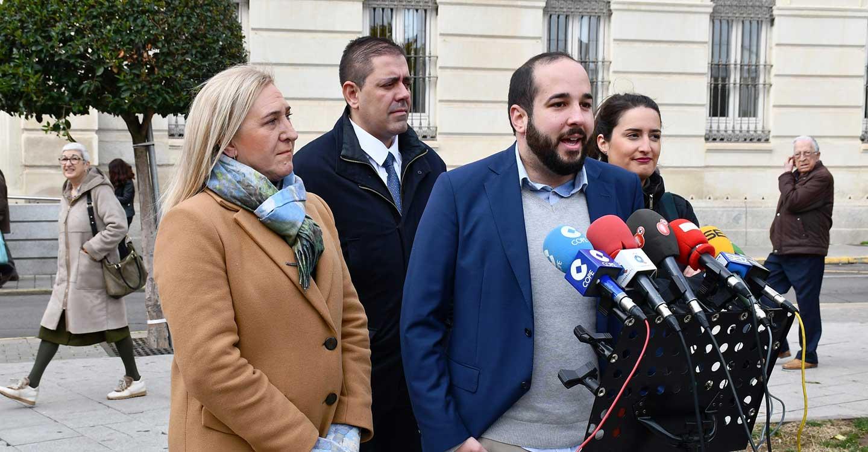 """Miguel González: """"Defender la Constitución es defender los preceptos legales que contiene, y el PSOE espera hacerlo con un gobierno lo antes posible"""""""