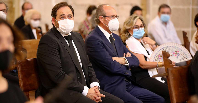 """Núñez traslada su apoyo a los familiares de los fallecidos por la pandemia, que en estos momentos necesitan """"ánimo y aliento"""" del conjunto de la sociedad"""
