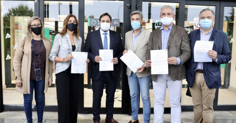 Núñez incide en que una bajada de impuestos en Castilla-La Mancha es fundamental y avanza que el PP-CLM llevará esta medida a las Cortes regionales