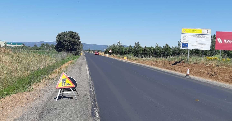 El arreglo de la carretera que une El Torno con Pueblonuevo ya está en marcha