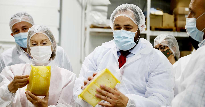 Núñez exige a los gobiernos socialistas que abandonen las posturas que generan incertidumbre en el sector agroalimentario y rechacen los recortes en la PAC