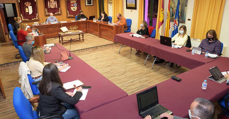 El Pleno celebrado en el Ayuntamiento de Argamasilla de Alba aprueba ampliar la partida de subvenciones a emprendedores para inversiones