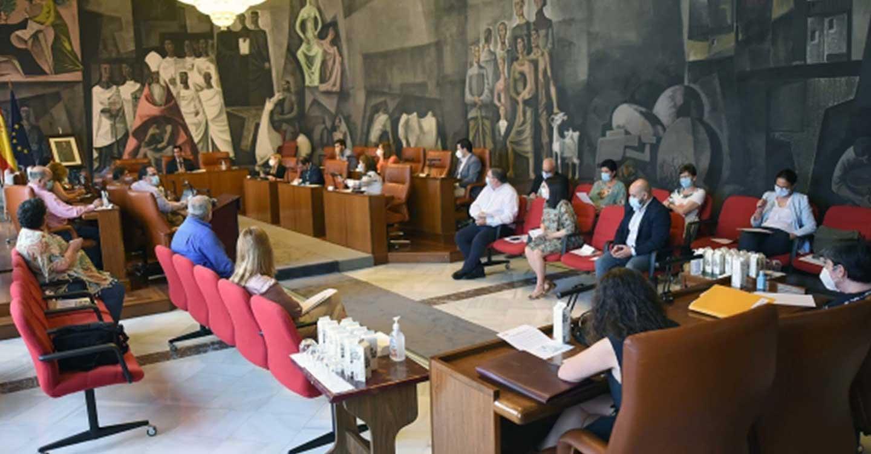 El Pleno celebrado en la Diputación de Ciudad Real aprueba inversiones e intervenciones acordadas por unanimidad en la Comisión para la Recuperación Socioeconómica de la provincia
