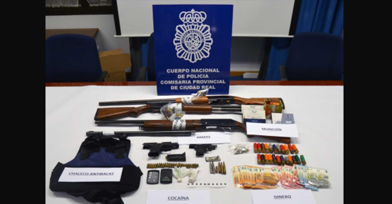La Policía Nacional desarticula un importante punto de venta de heroína, cocaína, hachís y