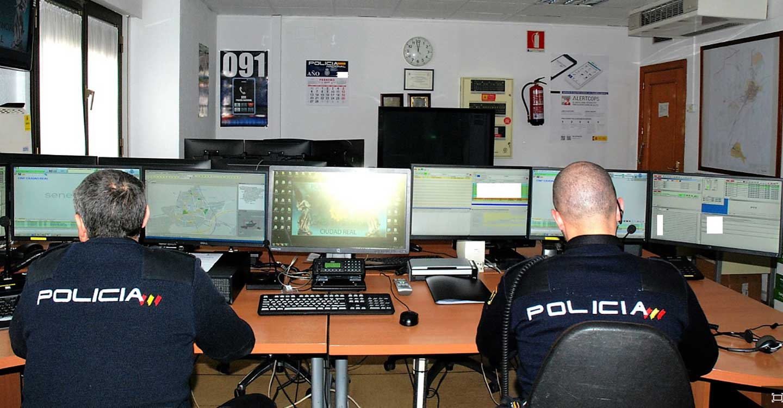 La Policía Nacional detiene a tres personas que secuestraron a un varón para cobrar 2.200 euros de una presunta deuda