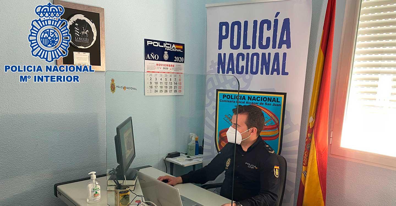 La Policía Nacional imparte charlas a 180 alumnos de colegios de Alcázar de San Juan sobre el ingreso en la Policía Nacional