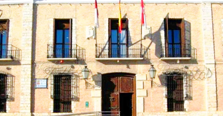 El PP de Villarrubia de los Ojos denuncia que el Equipo de Gobierno vetó la entrada a vecinos y mujeres de AFAMMER a un acto de reconocimiento a colectivos de la localidad