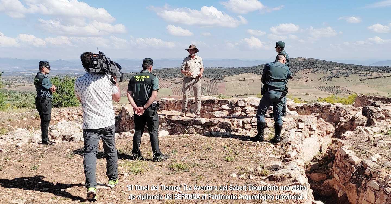 Graban un documental sobre religión prehistórica en Castillejo del Bonete, la cueva sagrada de la Edad del Bronce de Terrinches