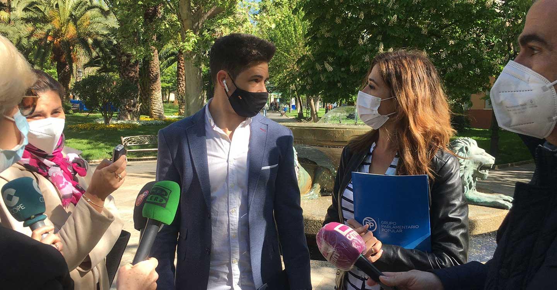 Romero pide a Sánchez y a Page que se dejen de anuncios y se pongan a trabajar para dar una solución a las miles de  familias afectadas por el ERTE de Repsol