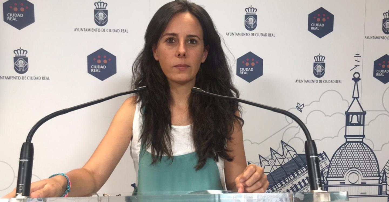Unidas Podemos denuncia la falta de apoyo al comercio local, diseñadores y artesanos de Ciudad Real del Equipo de Gobierno Zamora- Masías.