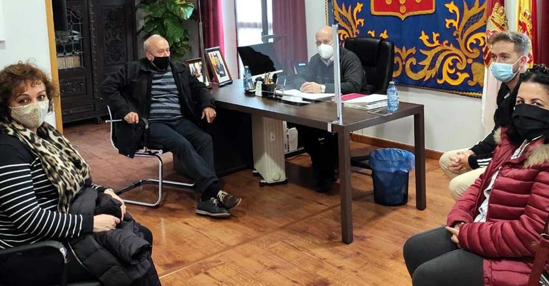 El alcalde de Villarrubia de los Ojos pide cautela, responsabilidad, que no se baje la guardia, y se colabore con la hostelería local