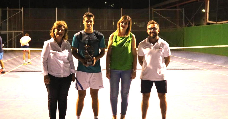 Yahir Alcolea Salido gana el II Open Nacional de Tenis de Argamasilla de Alba