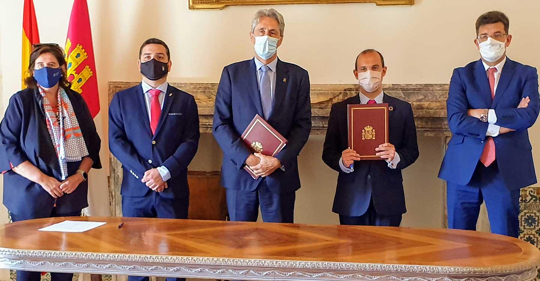 Las Cortes de Castilla-La Mancha firman un convenio con la Universidad de Alcalá para colaborar en igualdad de género y despoblación rural
