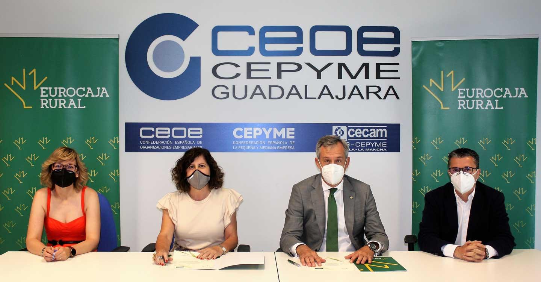 Eurocaja Rural y CEOE-CEPYME Guadalajara refuerzan su cooperación suscribiendo un convenio en materia social para reactivar la economía