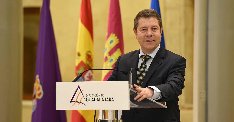 """García-Page reclama """"unidad y cohesión"""" en la defensa del agua y de los fondos europeos para seguir creciendo en """"igualdad de oportunidades"""""""