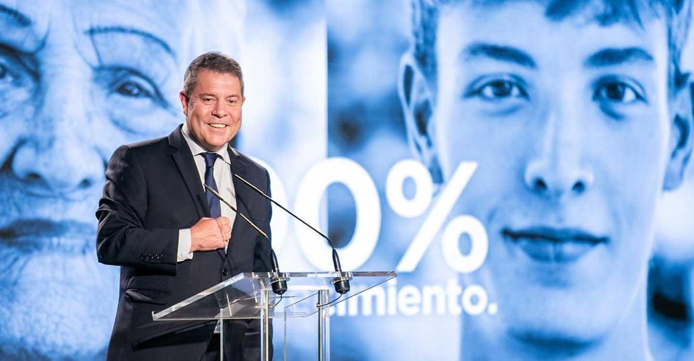 """García-Page subraya la colaboración y coordinación del Estado de las Autonomías en el """"éxito colectivo"""" del plan de vacunación"""