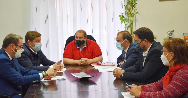 El Gobierno regional participará activamente en la Mesa del Transporte Rural que pondrá en marcha el Ministerio de Transportes, Movilidad y Agenda Urbana