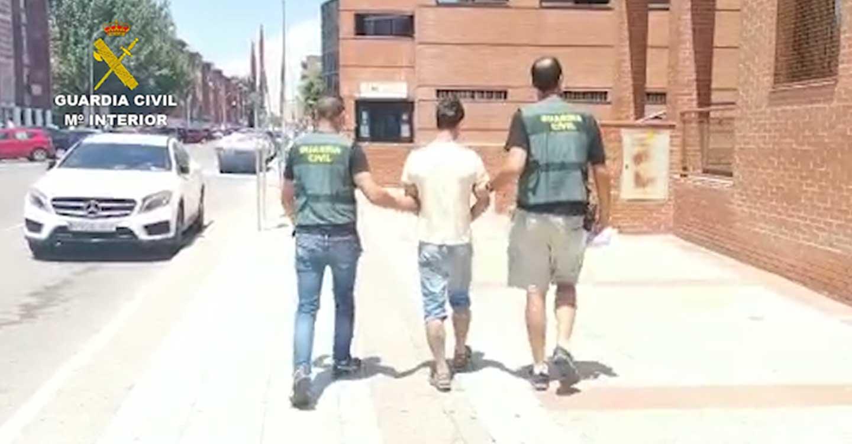 La Guardia Civil de Guadalajara detiene a una persona por robo en viviendas de la localidad de Rillo de Gallo durante el Estado de Alarma