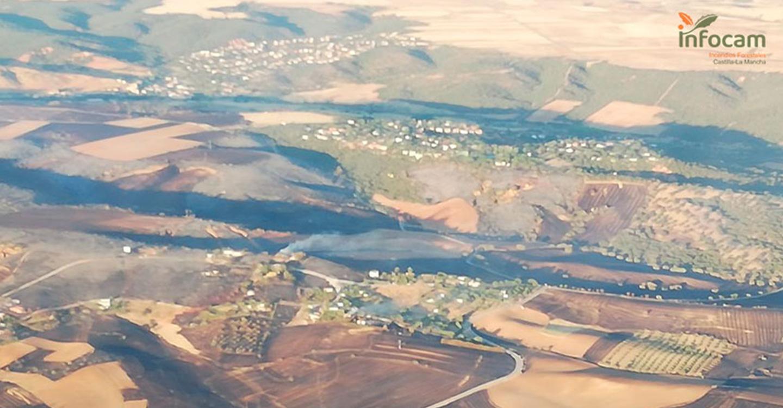 El delegado del Gobierno en Castilla-La Mancha ha activado la intervención de la Unidad Militar de Emergencias (UME) en incendio de El Casar, en la provincia de Guadalajara