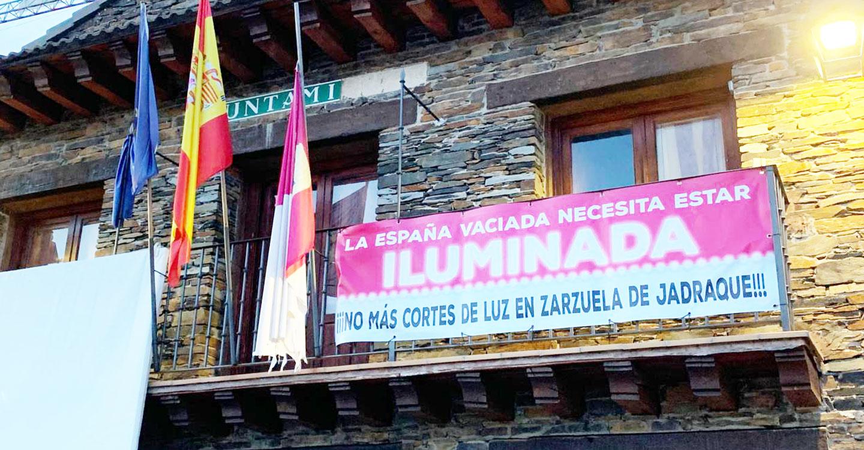 IU reclama una solución urgente para evitar los continuos cortes de luz en Zarzuela de Jadraque