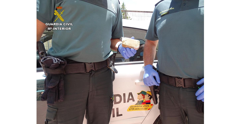 La Guardia Civil de Guadalajara detiene a una persona por tráfico de drogas en Riba de Saelices