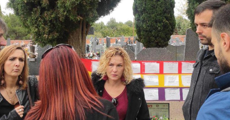 Unidas Podemos con la agrupación de familiares de víctimas de la represión franquista en Guadalajara