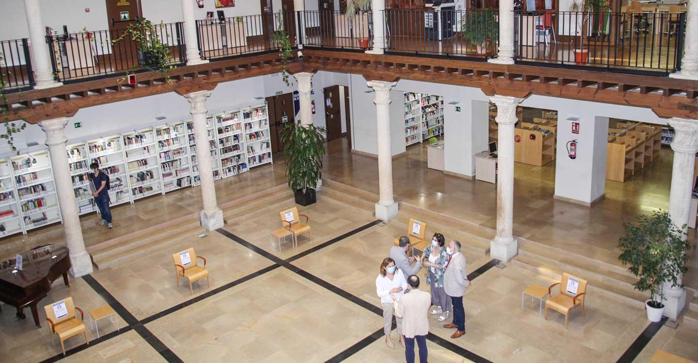 El Gobierno regional colabora con el Seminario de Literatura infantil y juvenil de Guadalajara y la Asociación de Amigos de la Biblioteca de Guadalajara