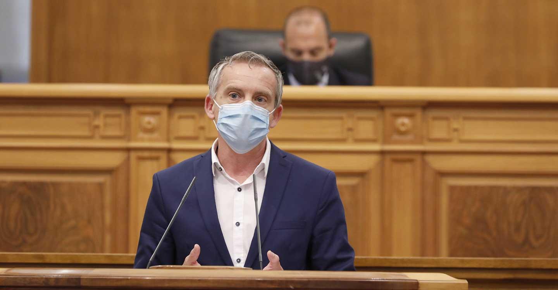Contreras destaca el esfuerzo del Gobierno de Page por revertir los recortes del PP en sanidad y recuperar las condiciones de los profesionales