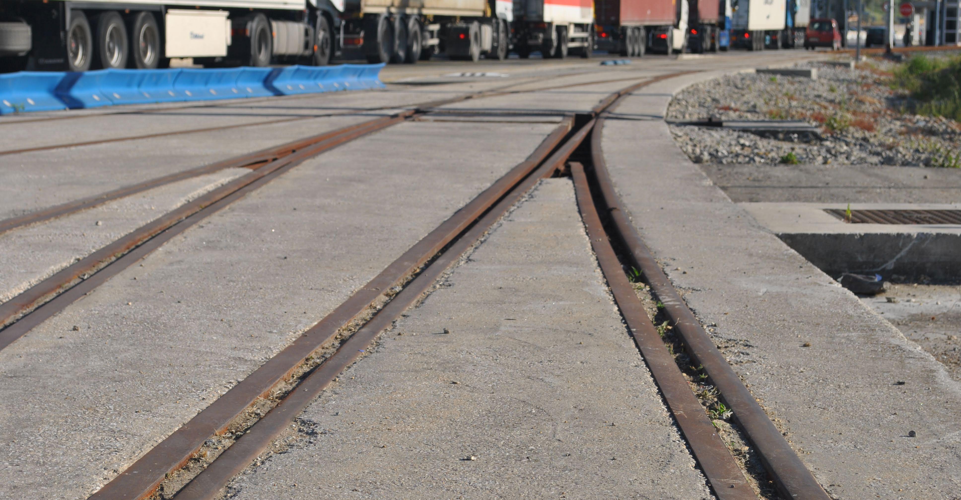 Adif adjudica el suministro de balasto para el mantenimiento de la red ferroviaria por más de 29 M€